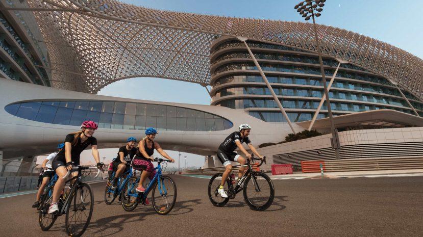 main-image-yas-cycling-0u2a7044
